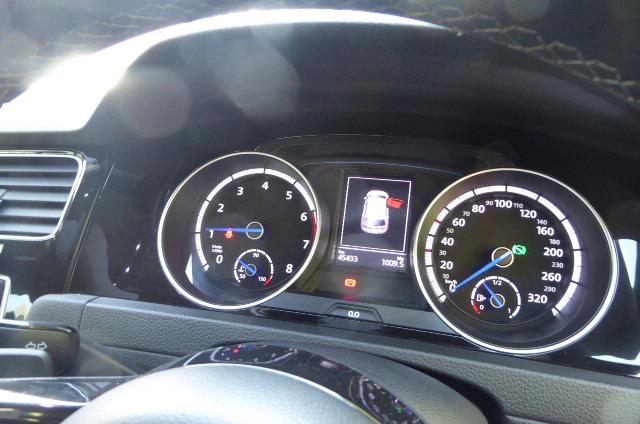 2017 VW Golf R auto